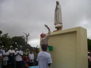 benedice statua Madonna di Fatima (Copia)