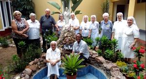 con la comunità delle suore di Maputo